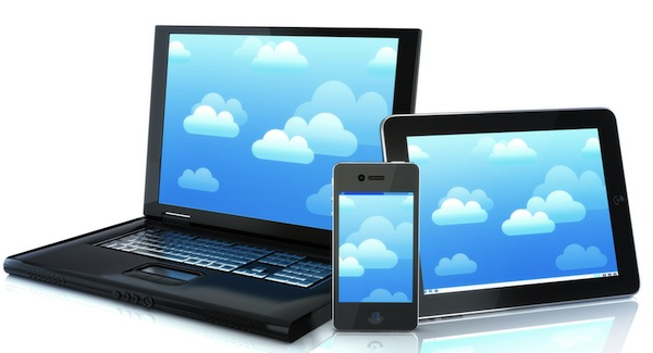 Small-Tablets-or-Smartphones-Which-is-Better