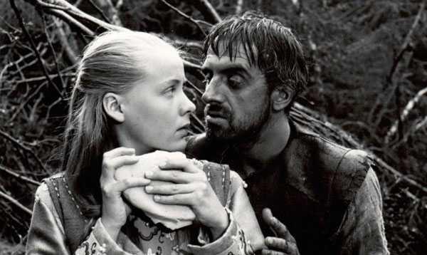 La cosa se pone fea en El manantial de la doncella (1960)