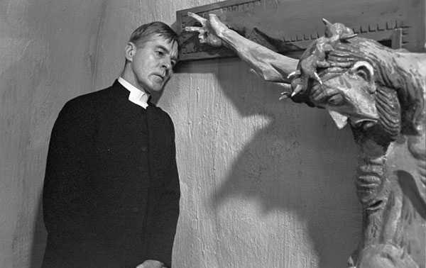 Gunnar Björstrand en Los comulgantes (1963)