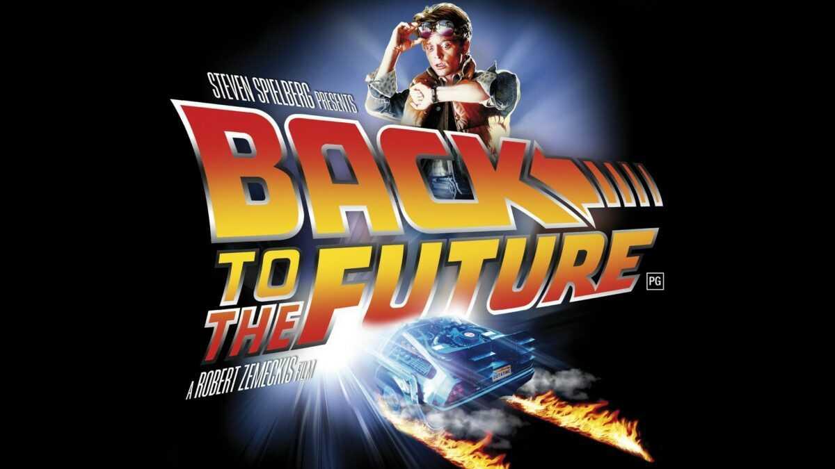 Marty McFly ha aparecido en Londres con su tabla voladora.