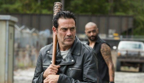 """Impresionante avance del 7×16 con el que """"The Walking Dead"""" despedirá la temporada 1"""