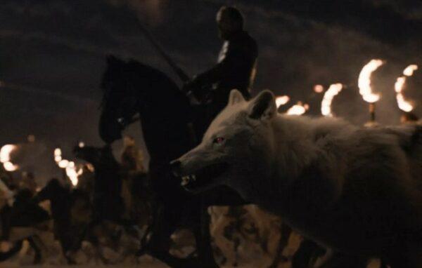 """¿Qué ha pasado con el lobo huargo Fantasma en la """"Batalla de Invernalia""""?"""