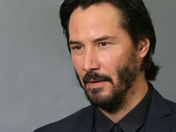 Keanu Reeves causa furor entre los fans después de quitarse su barba de varios años 1