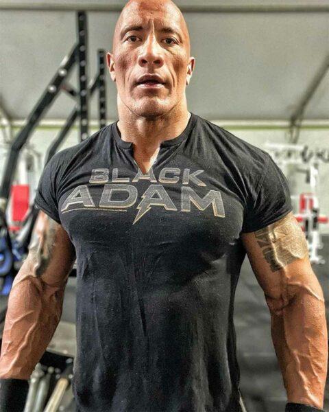 Pese a que parecía imposible, la musculatura de Dwayne Johnson se dispara en sus nueva imágenes 2