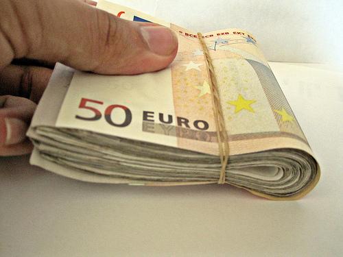 limite de ingreso en cantidades en efectivo hacienda