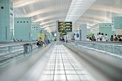 Aeropuerto de Barcelona T1, edificio terminal, el dI?a de la inauguraciU?n