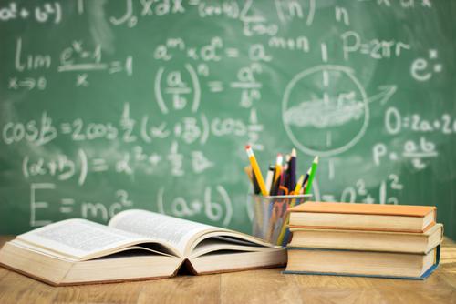 desgravar los libros de texto y material escolar en el IRPF