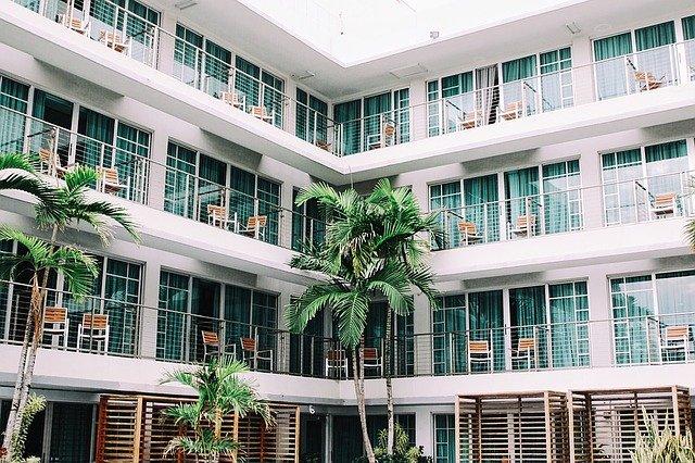 ¿Alquilas apartamento vacacional en una plataforma digital? No te olvides de la retención de IRPF