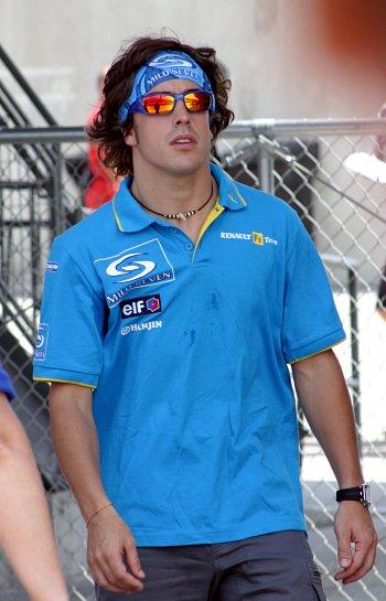 fernando alonso tras entrenamientos f1 gp indianapolis 2004