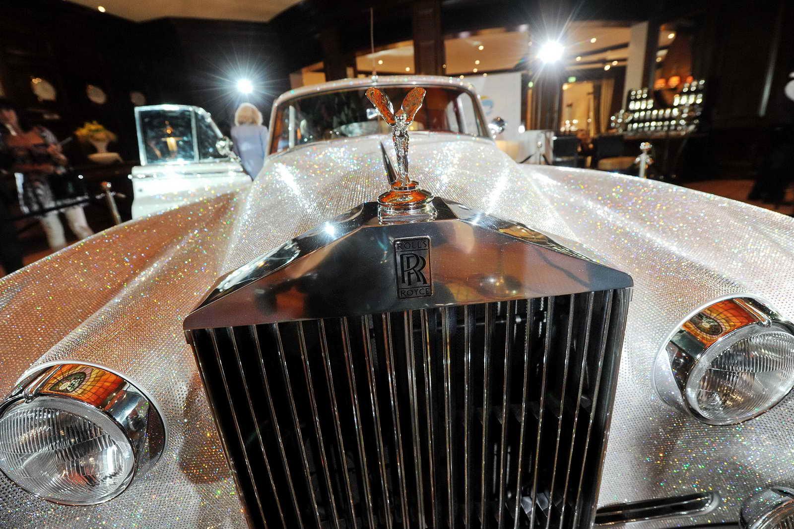 Lo que cuesta mantener un coche de lujo