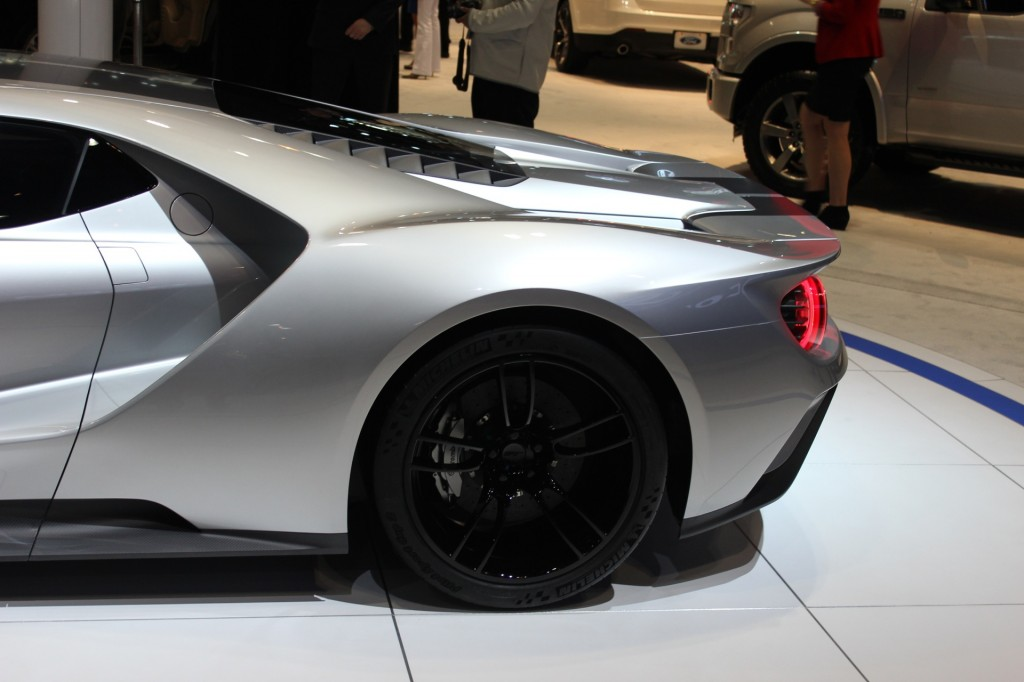 Ford Gt Prototype 2015 Chicago Auto Show Live Photos
