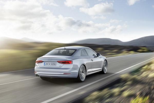 Audi_A5_Coupe_2017