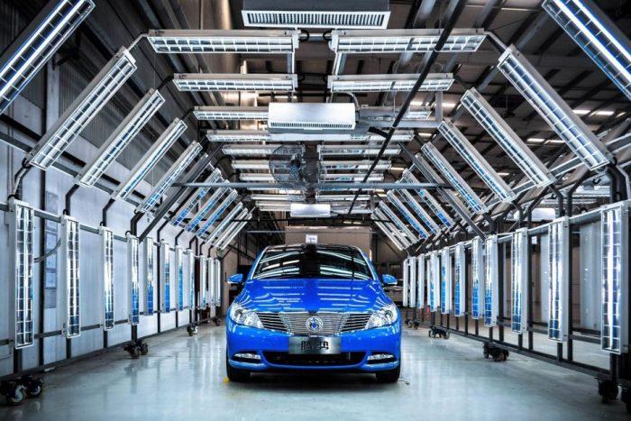 Daimler comercializa el Denza 400 el�ctrico en China