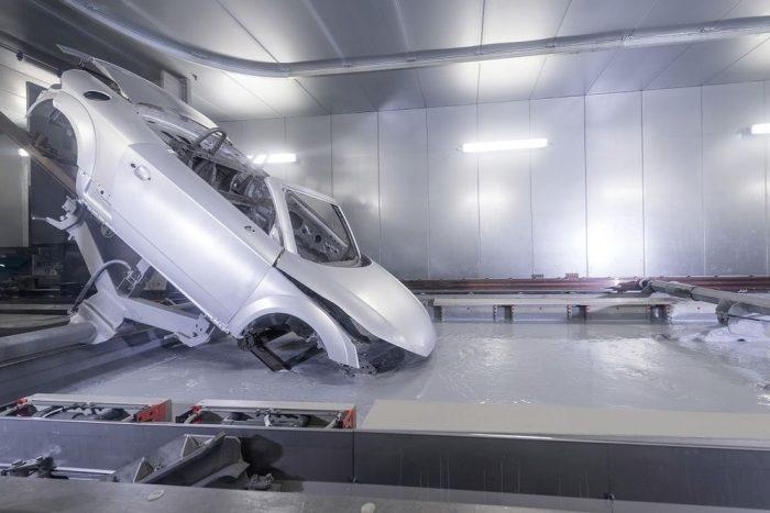 Audi a la vanguardia de la t�cnica: nueva escala en el barnizado de veh�culos