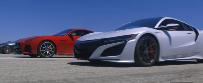 """12 espectaculares deportivos acelerando en una drag race ¿Quién ganará"""""""