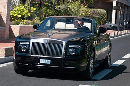 FireShot Capture 12 - Los coches de alta gama de Cristiano R_ - http___www.marca.com_futbol_real-m