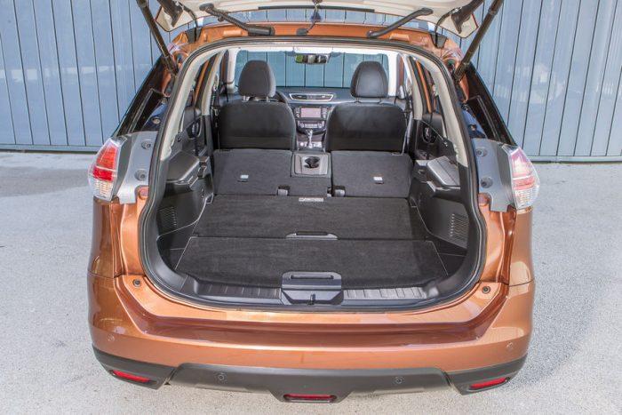 Nissan-X-Trail-1-6-dCi-4x4-Kofferraum-lightbox-ba9ac46b-988275