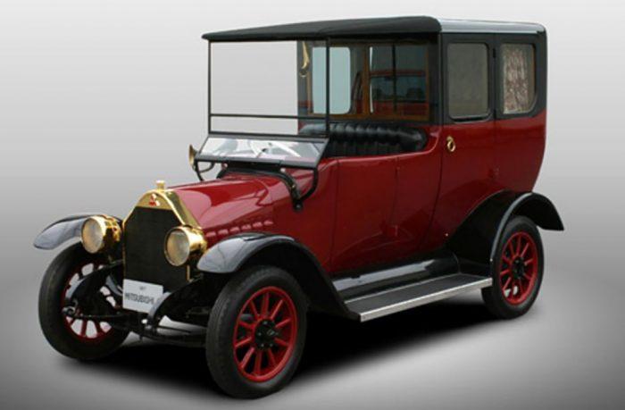Mitsubishi celebra su centenario convirtiendo en híbrido su clásico primer modelo