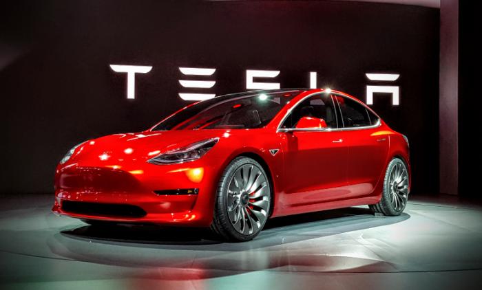 ¡Por fin! Tesla entrega las primeras unidades del Model 3