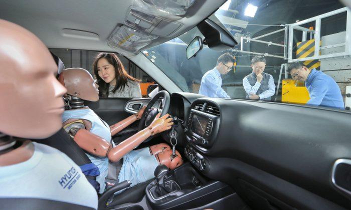 Hyundai presenta el primer sistema de airbag de colisión múltiple del mundo