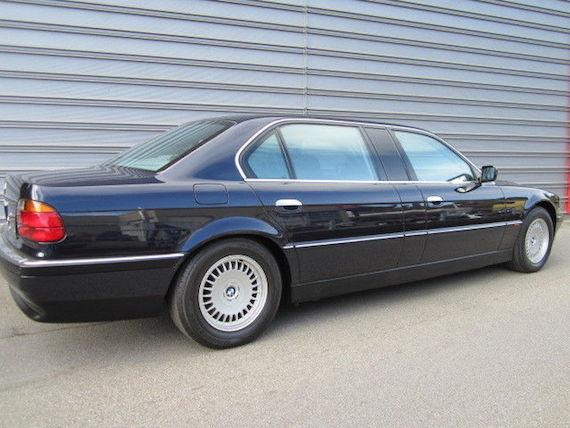 BMW 750i L7 V12: construido únicamente 899 unidades