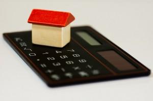 Menos hipotecas y menos venta de vivienda en 2013