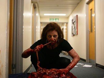 Dead SET - La muerte en Directo Dead-set-davina