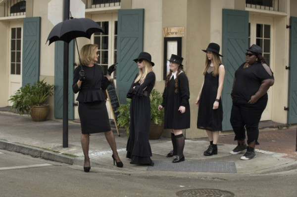 american-horror-story-coven-bitchcraft-600x399