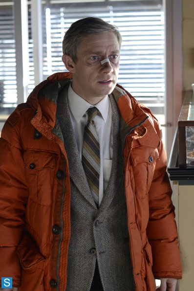 Fargo - Episode 1.01 - Pilot - Promotional Photos (9)_595_slogo