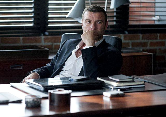 writer-accuses-showtime-of-allegedly-stealing-ray-donovan-concept