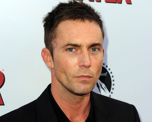 desmond-harrington-dexters-desmond-harrington-blasts-off-in-abcs-the-astronaut-wives-club