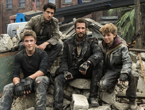 falling-skies-season-3-cast-600x456