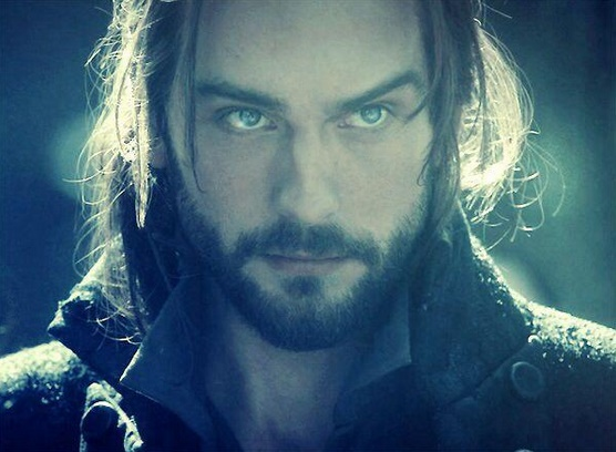 Tom-Misson-as-Ichabod-Crane-in-Sleepy-Hollow