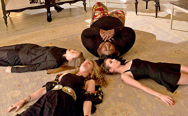 american-horror-story-coven-03_612x380