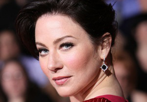 lynn-collins-covert-affairs-cast