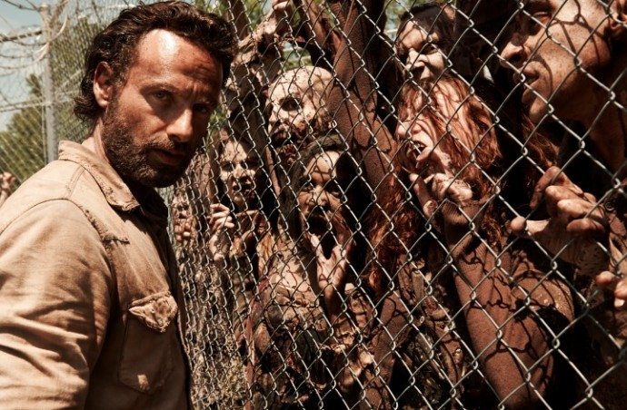 the-walking-dead-renewed-for-fifth-season