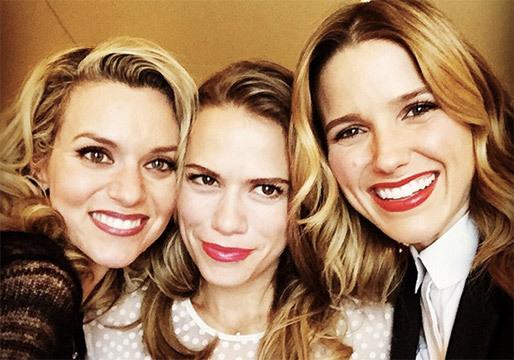 Hilarie Burton (Peyton Sawyer), Bethany Joy Lenz (Haley) y Sophia Bush (Brooke)