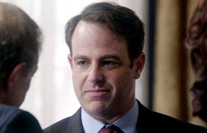 scandal-brings-back-paul-adelstein