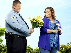 comedy-central-estrena-la-tercera-temporada-de-mike-molly-el-19-de-enero