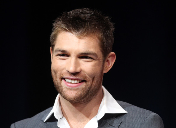 liam-mcintyre-ficha-por-the-flash