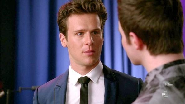 Jonathan+Groff+Glee+Season+3+Episode+16+a--sh8sVnA3l