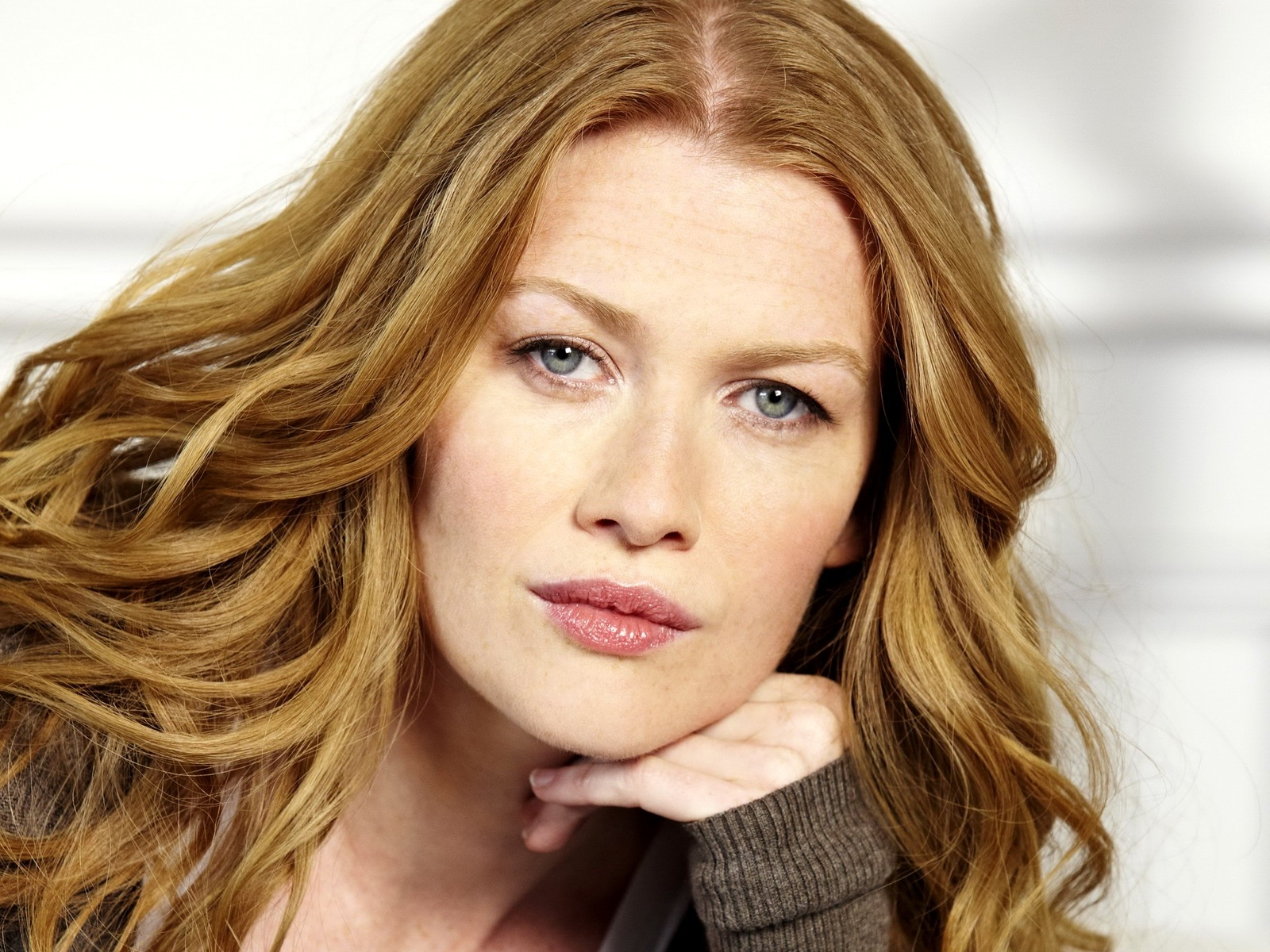 mireille enos interview