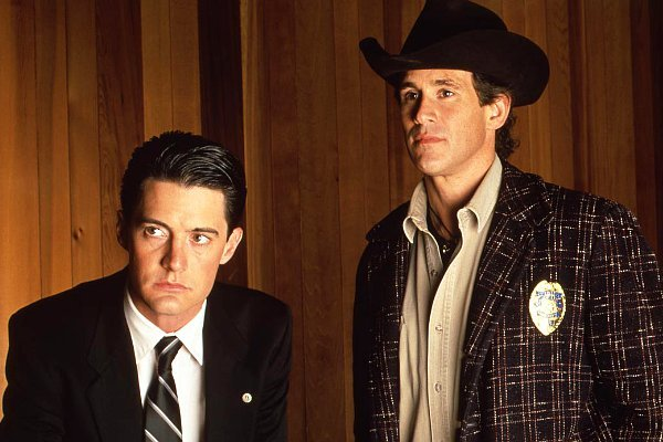 twin-peaks-reboot-is-not-put-on-hold-despite-david-lynch-s-complications-claim