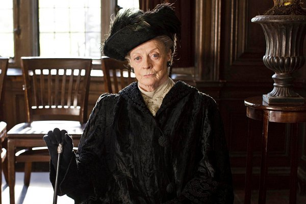julian-fellowes-new-nbc-drama-may-feature-dowager-countess-from-downton-abbey