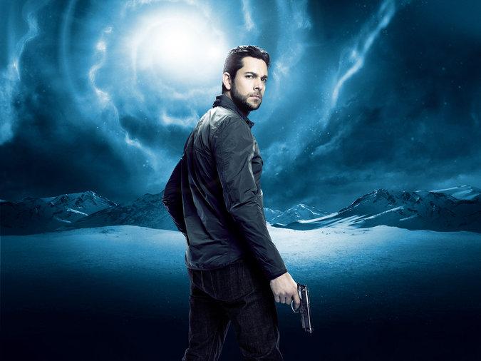 Zachary Levi plays Luke in Heroes Reborn.