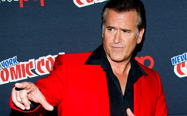 SDCC-CELEBS-BRUCE-CAMPBELL_612x380