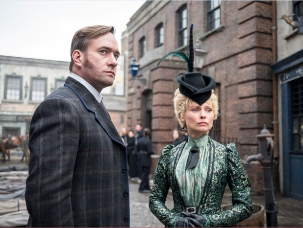 detective-inspector-reid-matthew-macfadyen-and-long-susan-myanna-buring-ripper-street-season-3-amazon-prime-instant-video