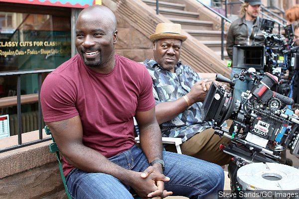 [Obrazek: first-look-at-mike-colter-as-luke-cage-revealed-1.jpg]