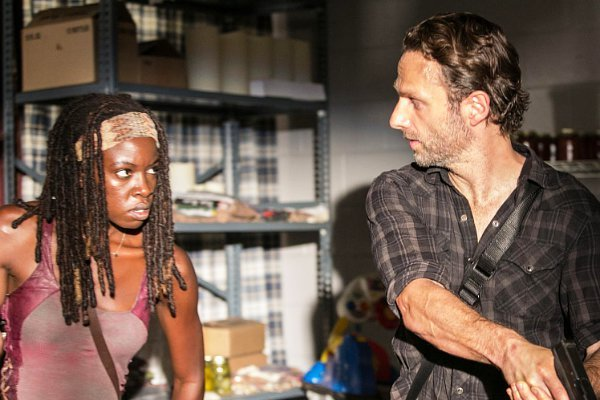 walking-dead-stars-talk-about-rick-and-michonne-s-possible-romance