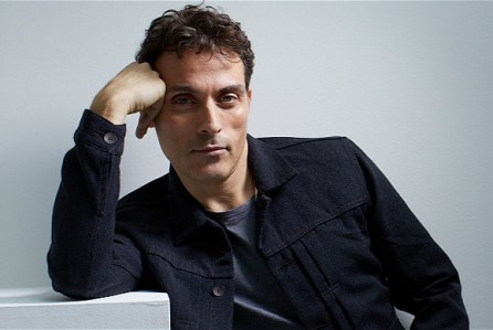 rufus-sewell1